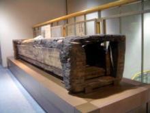 木樋(むかしの水道管)の展示