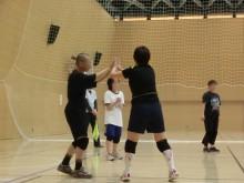 バレーボール練習試合の模様