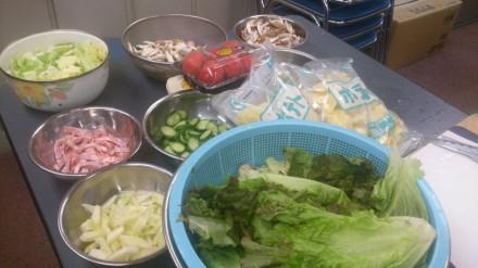 ホットドック・サラダ・シチューの材料