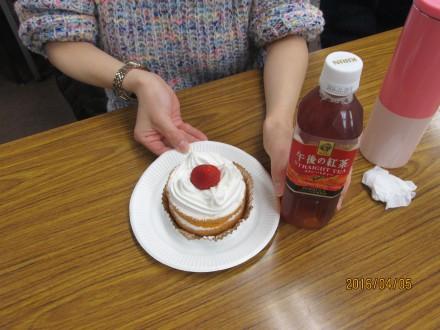 スペシャルなケーキとお茶
