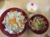中華丼、大根サラダ、杏仁豆腐のできあがり