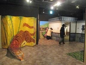 東京トリックアート迷宮館の迫力あるトラ