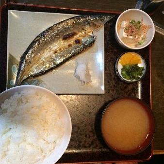 おかづで秋刀魚の塩焼き定食